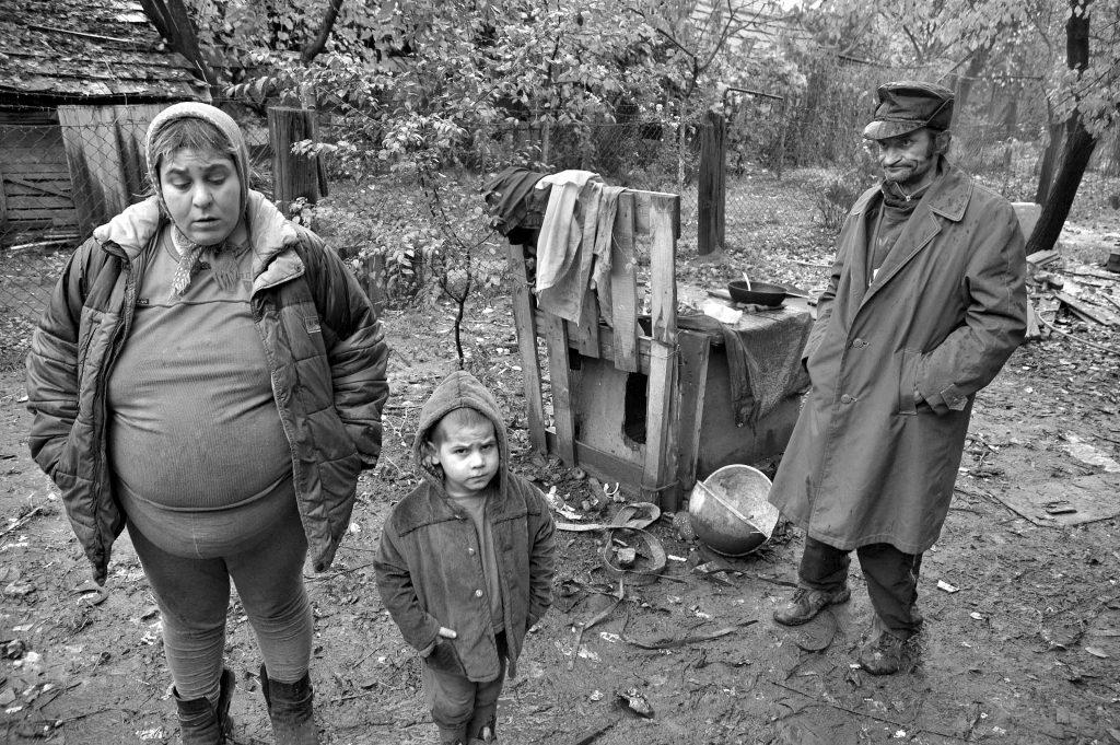 Marie Horová věděla, že kdo na Podkarpatské Rusi nemá přístup ke vzdělání, má omezené šance. Pro děti z oblasti, ze které pocházela, zakoupila autobus, který je sváží do školy.